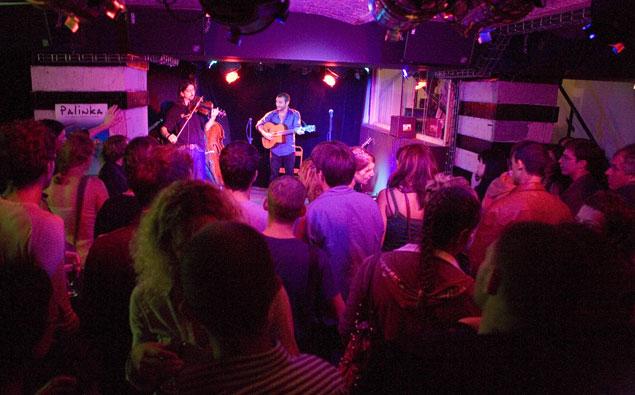 bar-concert-bastille-oberkampf-paris-tribioon-l-international