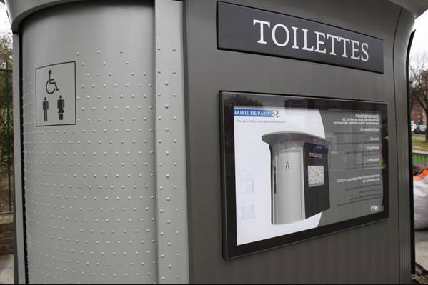 banheiros públicos em paris