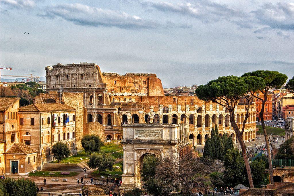 Como ir de Paris a Roma